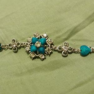 Beautiful cute blue flower hearts shiny bracelet